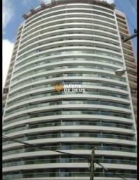 Apartamento incrível no bairro Meireles com 77m² ,2 quadras da beira mar