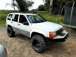Grand Cherokee Laredo ? 4.0 ? 1998 - Troco