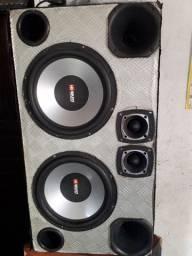 Caixa de som tocando bem *