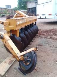 Grade aradora Boelter