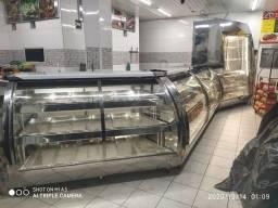 Montagem açougue balcão vitrine refrigerada sob medida