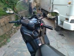 X-MAX 250cc
