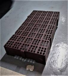 Estrado Pallet Plástico 41x82cm Encaixável (19uni)