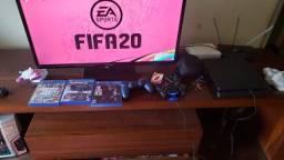 VENDO PS4 SLIN 1TB COMPLETO COM 2CONTROLES E 7 JOGOS