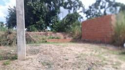 Vendo terreno no ponto final dos Osmar Cabral perto Brasil 21