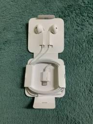 Fone de Ouvido Apple EarPods, Conector Lightning, Branco