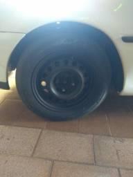 Jogo de roda com pneu 175/70/14
