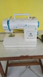 Máquina de costura Genius Plus