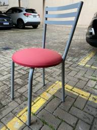Cadeira com assento de tecido waterblock
