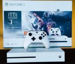 Microsoft Xbox One S 1TB Star Wars Jedi: Fallen Order Deluxe Edition cor branco