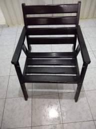 Conjunto de cadeiras de madeira maciça