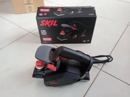 Plaina elétrica Skil 550w (nova)