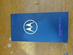 Motorola one fusion 124 giga,ainda na garantia da loja