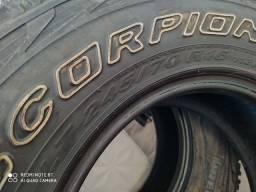 Pneus Pirelli Scorpions 245/70/16
