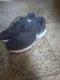 Tênis Nike downshifter 6