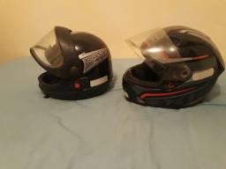 Dois capacete semi novos