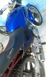 Moto Twitter 250