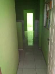 Alugo casa em Porto Novo