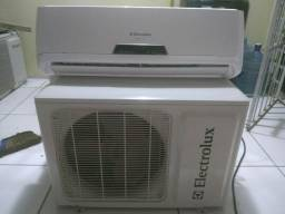 3 ar condicionados por 1.400,00