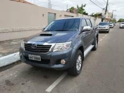 Toyota Hilux SRV 2013 Aro17 - 2013