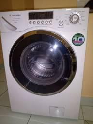 Vendo minha máquina de lavar e secar roupas Electrolux