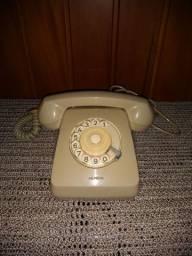 Impecável !!! Telefone antigo funcionando !!!