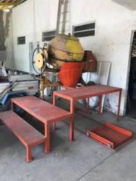Misturador de Ração e Tambores para armazenar