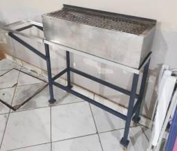 Churrasqueira Movel, em inox e tijolo refratário