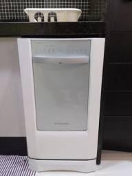 Lavadora de louças Eletrolux 10 serviços