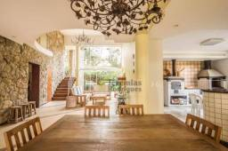 Casa com 4 dormitórios à venda, 350 m² por R$ 1.500.000,00 - Parque da Mantiqueira - Santo