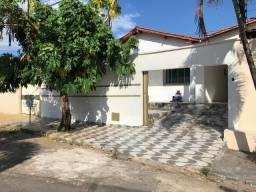 Casa 3 quartos, Cachoeira Dourado , próximo ao Novo Horizonte