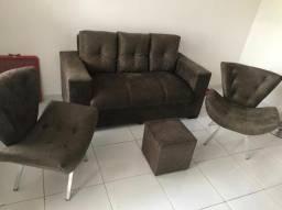 Trio um Sofa 3 Lugares Com as almofada 2 Poltrona 1 Puff