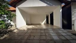 CA0038. 300m² de área para você e sua família terem espaço suficiente