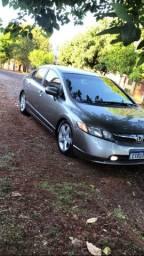 Honda Civic 2007 (só a gasolina modelo mais econômico e procurado)