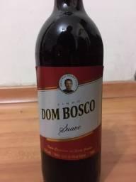 Conjunto com 2 vinhos Country Wine e Dom Bosco lacrados