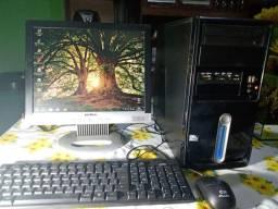 Computador completo em perfeito estado