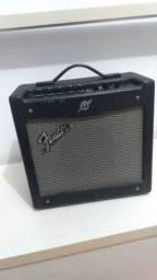 Amplificador Fender Mustang I 20W