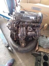 Motor AT 1.0 8v  completo