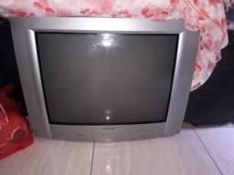 vendo uma tv 32 polegadas por 50 reais