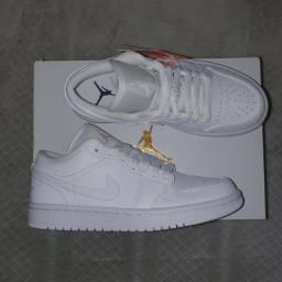 Nike Air Jordan 1 Triple White 35