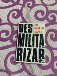 Livro Desmilitarizar