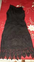 4 vestidos semi novos