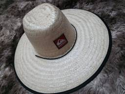 Chapéu de palha estampados
