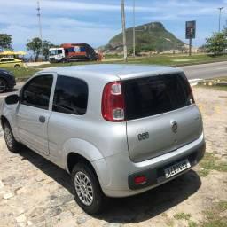 Fiat Uno Vivace 2015 com ar cond. Novinha