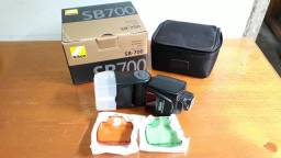 Flash Nikon SB-700 SpeedLight Profissional Original