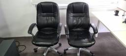 Vendo Duas Cadeira de Escritório Presidente - Giratória Com Braço