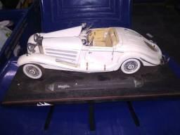 Maisto Mercedes-Benz 500 K TYP Slecialroadster (1936), com defeitos