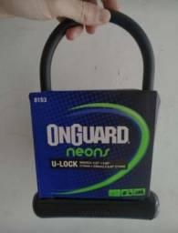 U lock Onguard preta nova na embalagem
