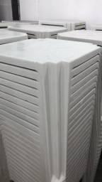 Mesa plastica cor branca nova no atacado