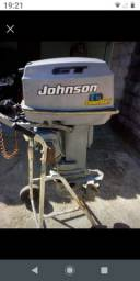 Vendo Motor Johnson de 30hp ano 2000 c/documento e revisado